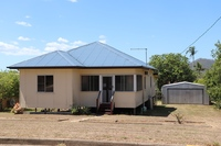 CENTRALLY LOCATED IN MOUNT LARCOM