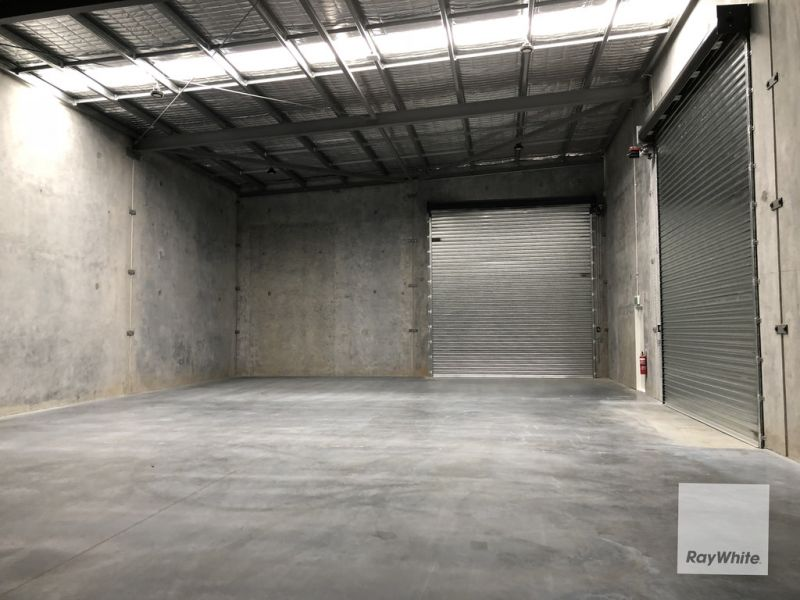 Functional Office/Warehouse - Busy Location
