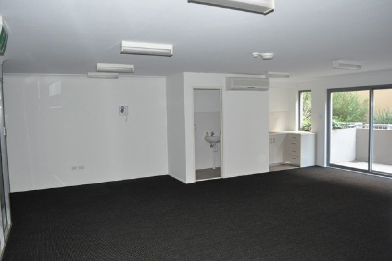 Modern office space in highly sought after complex