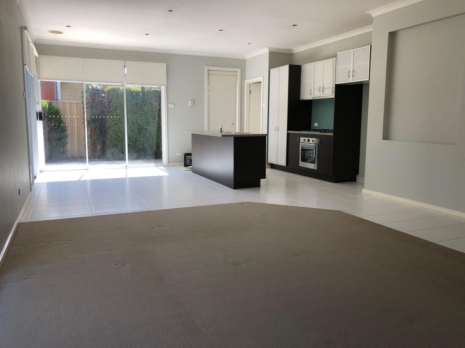 Real Estate For Lease 7 Tumbalong Street Caroline