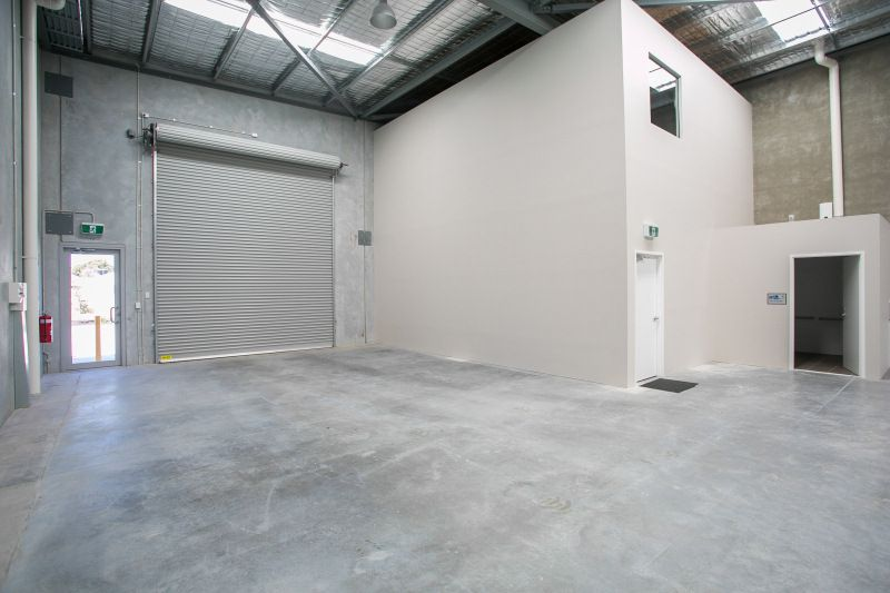 NEW OFFICE/WAREHOUSE UNITS  - JOIN BUNNINGS, 7-ELEVEN, CAR WASH & FOOD TENANCY