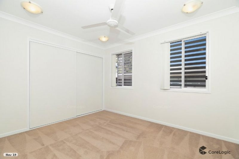 NEAR NEW TOWNHOUSE - WILL NOT LAST LONG