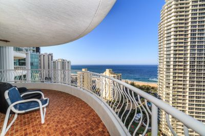 Sensational C style Apartment with Stunning Views