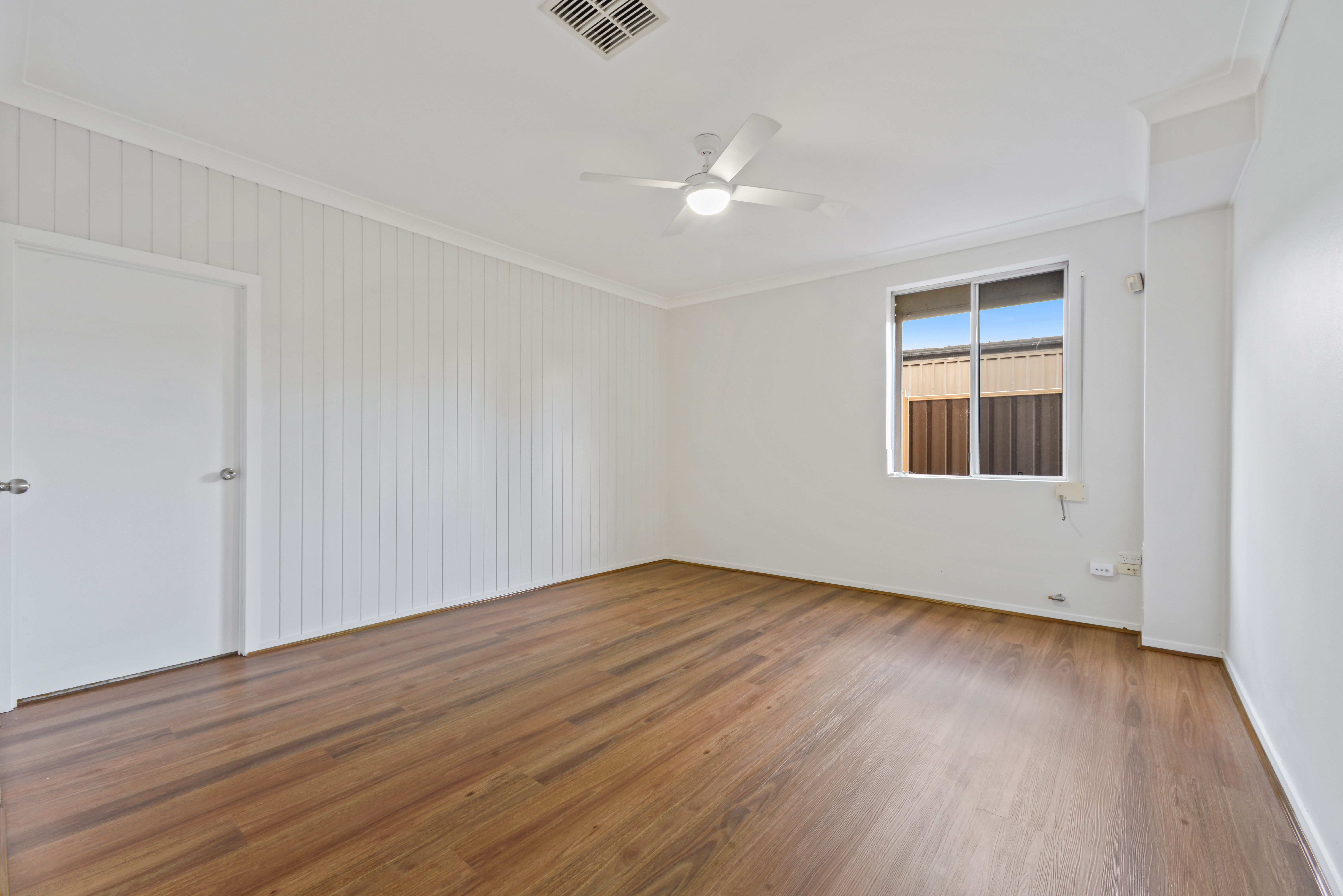 106 Denman Road, Georges Hall NSW 2198