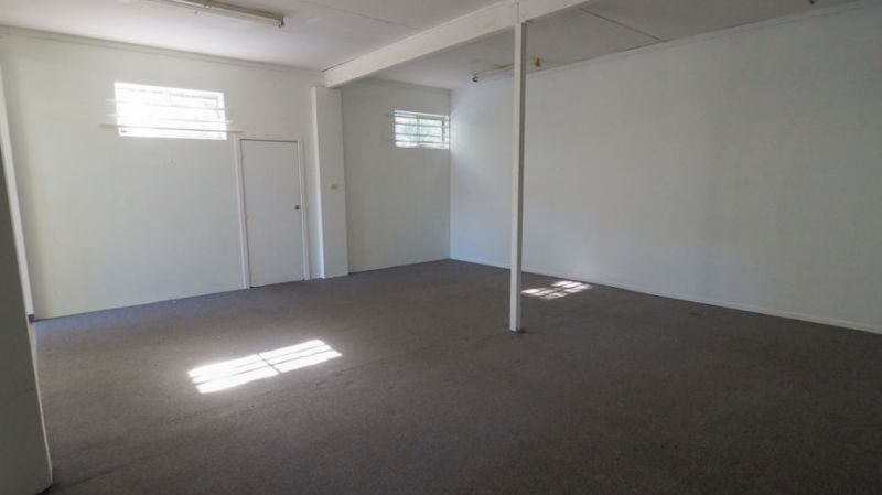 LARGE STOREROOM AVAILABLE