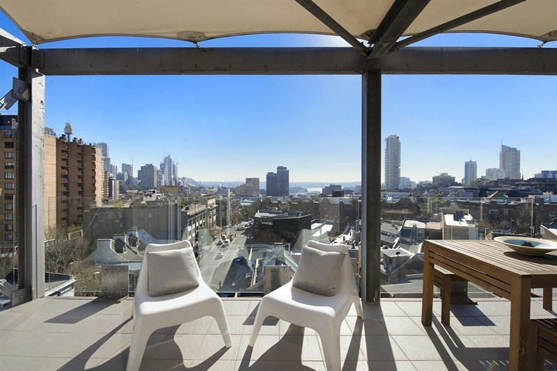 Zest on Crown with Amazing Views and Parking