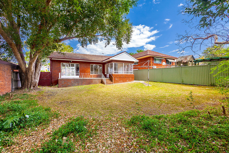 13 Torrington Road, Strathfield