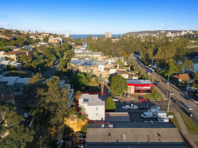 SALE: COMMERCIAL HEADQUARTERS ON THE FRINGE OF MANLY
