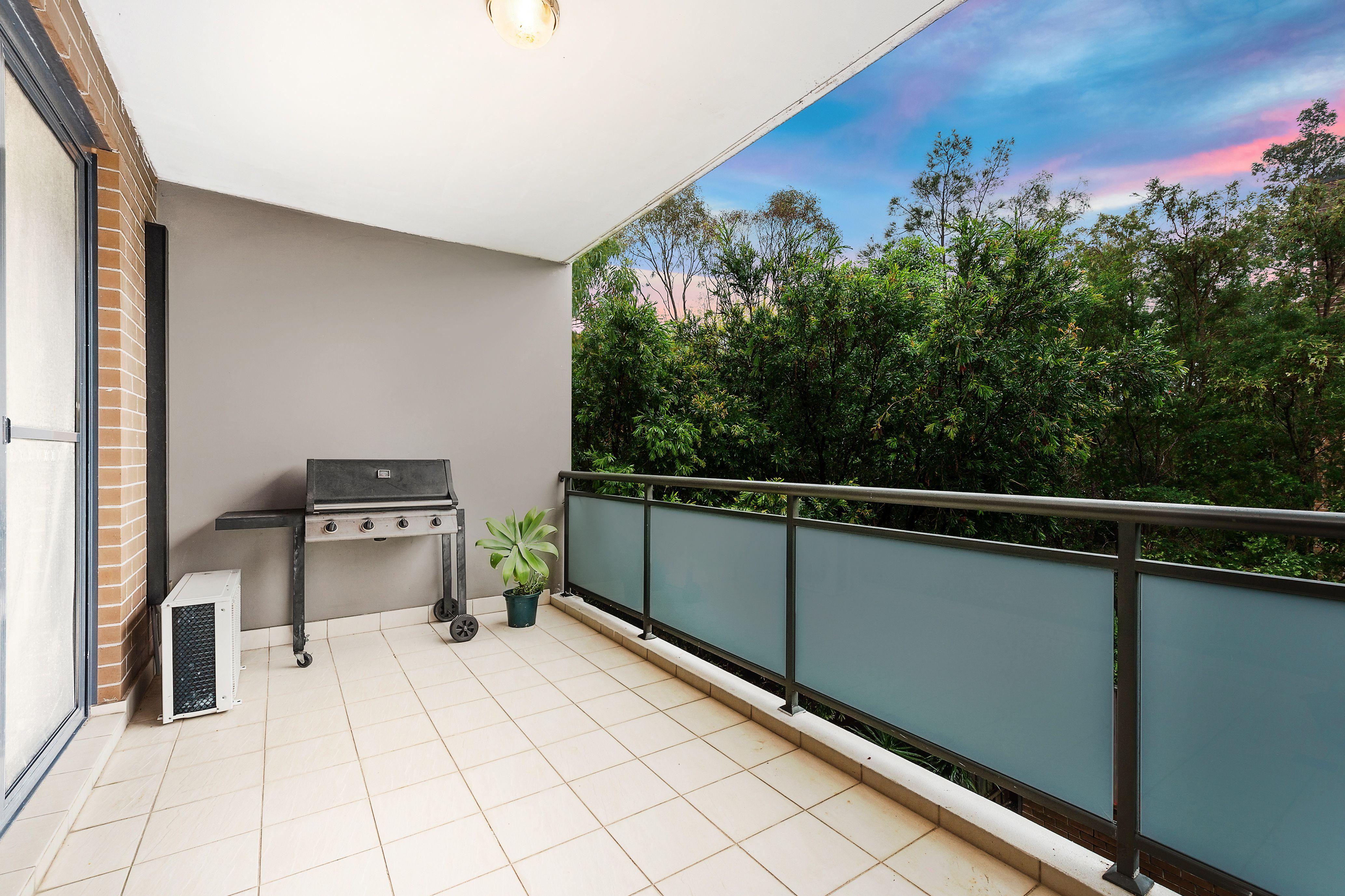 12/217 William Street, Granville NSW 2142