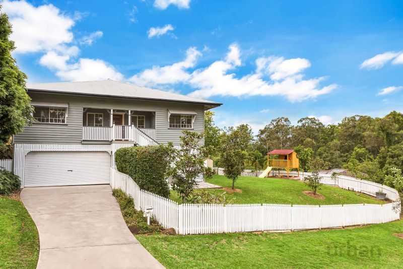 2 Relf Court Everton Hills 4053