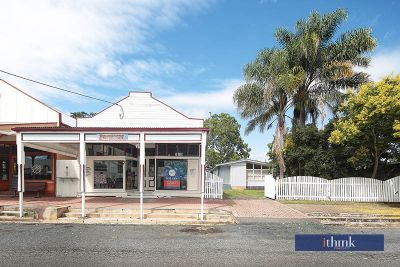 SHOP FRONT AND HOUSE ON 1012m2
