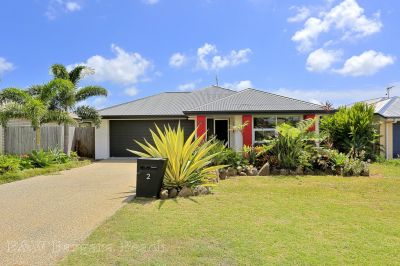 2 McCallum Close, Coral Cove