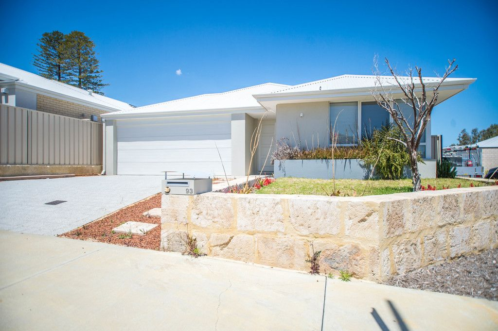 93 Entrance Road, Spearwood