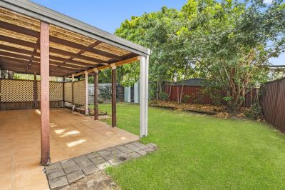 Air-Conditioned Duplex with Large Backyard