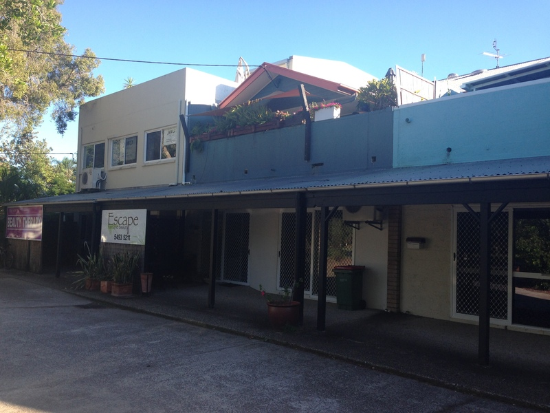 FREEHOLD RESIDENTIAL & COMMERCIAL PROPERTY – LAKESIDE LOCATION