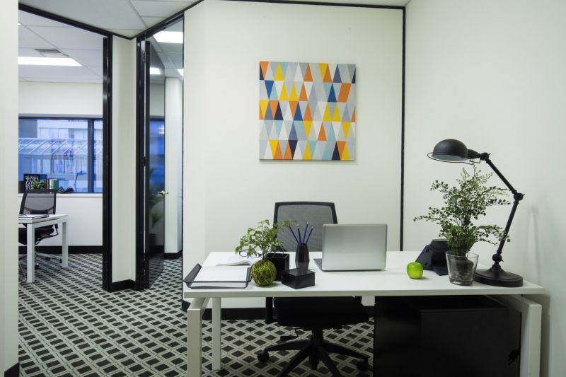LEASE IN THE ICONIC ST KILDA RD TOWERS