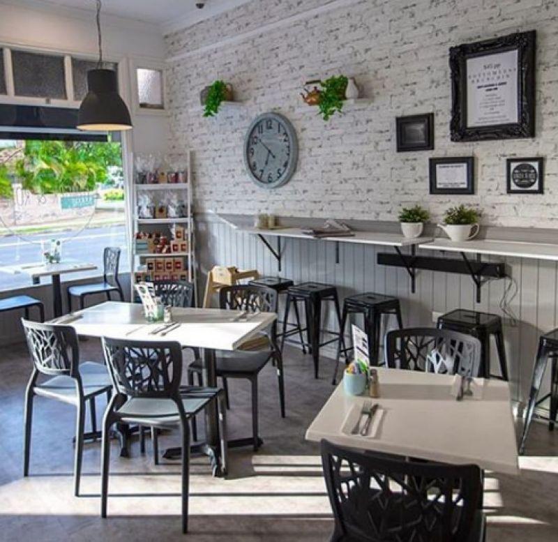 GREAT SPACE IN PRIME SPOT – IDEAL FOR CAFE / RESTAURANT/ GARDEN-CAFE OR SIMILAR