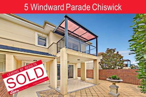 David & Maggie | Windward Pde Chiswick