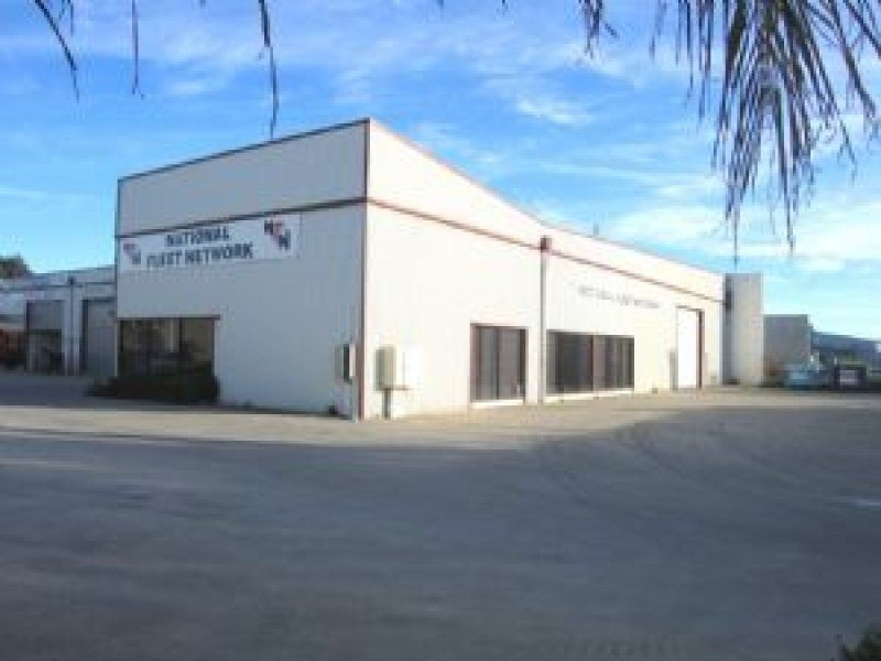 PRIME OFFICE WAREHOUSE