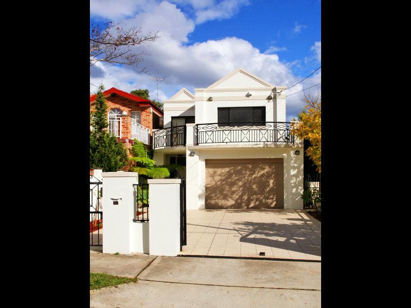 50 Woodward Avenue, Strathfield