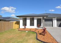 Brand new 3 bedroom duplex in Wondunna.