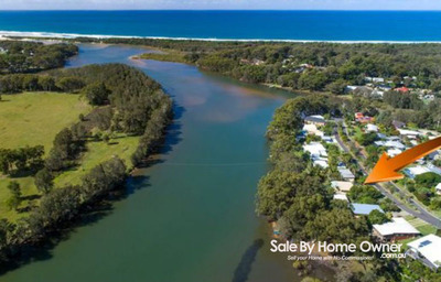 Sunny Waterfront Home - Elevated, 2 bedroom, Flood free