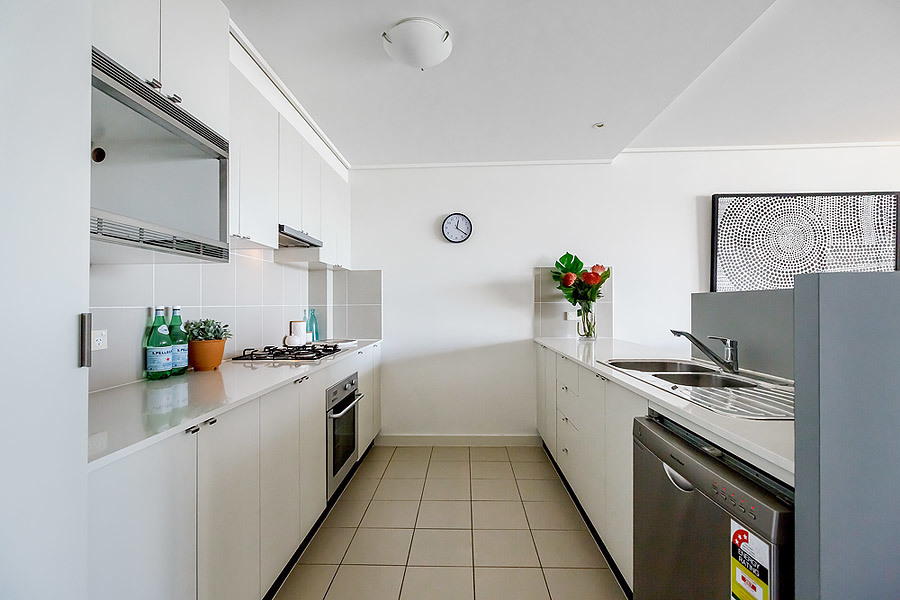 735/25 Bennelong Parkway, Wentworth Point