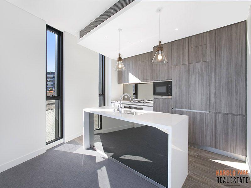 Park Facing Three Bedroom Apartment