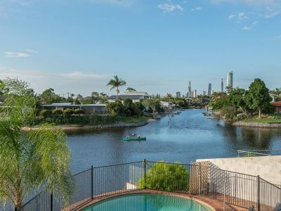 31+m point waterfront position, Prime Buying