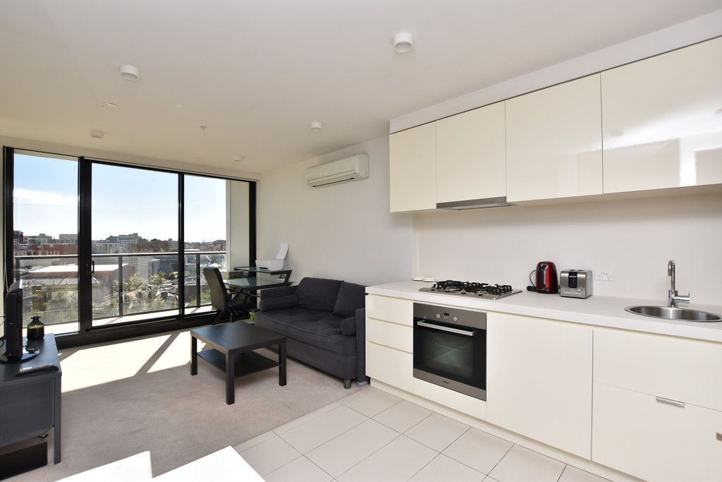 33M: Furnished Two Bedroom Apartment with Everything at Doorstep!