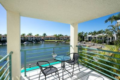 Immaculate furnished waterfront home - North facing with jetty