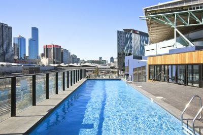 Charming Docklands Abode