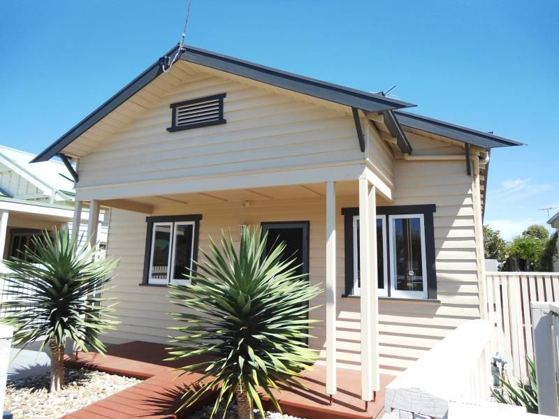 8 Davey Street East Geelong