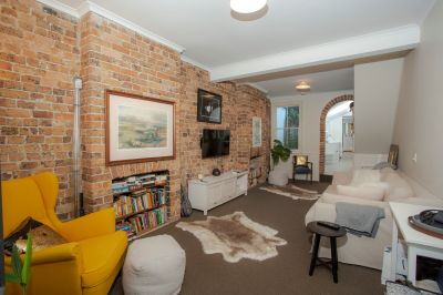 Recently Renovated Sandstone Terrace With Courtyard- Available Now -  Deposit Taken