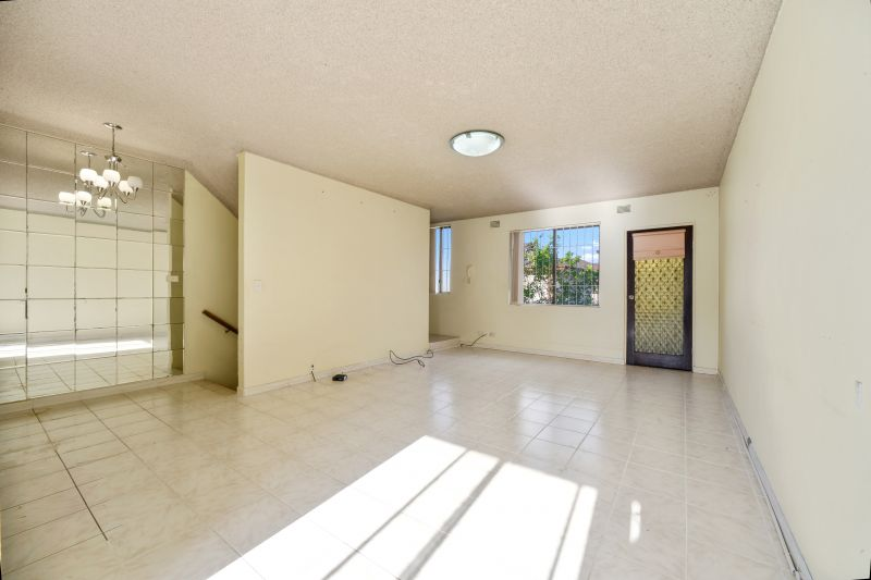 7/6-8 Clifford Avenue, Canley Vale NSW 2166