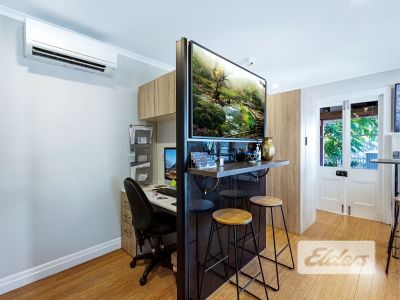 WELL PRESENTED FREESTANDING OFFICE!