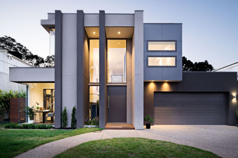 Course-Side, Park-View Living on a Grand Scale