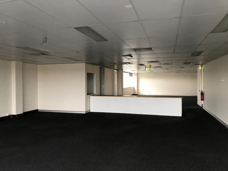 Corporate Springwood Office Space