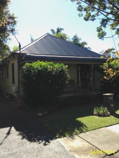 Lovely Renovated Home Close to City!