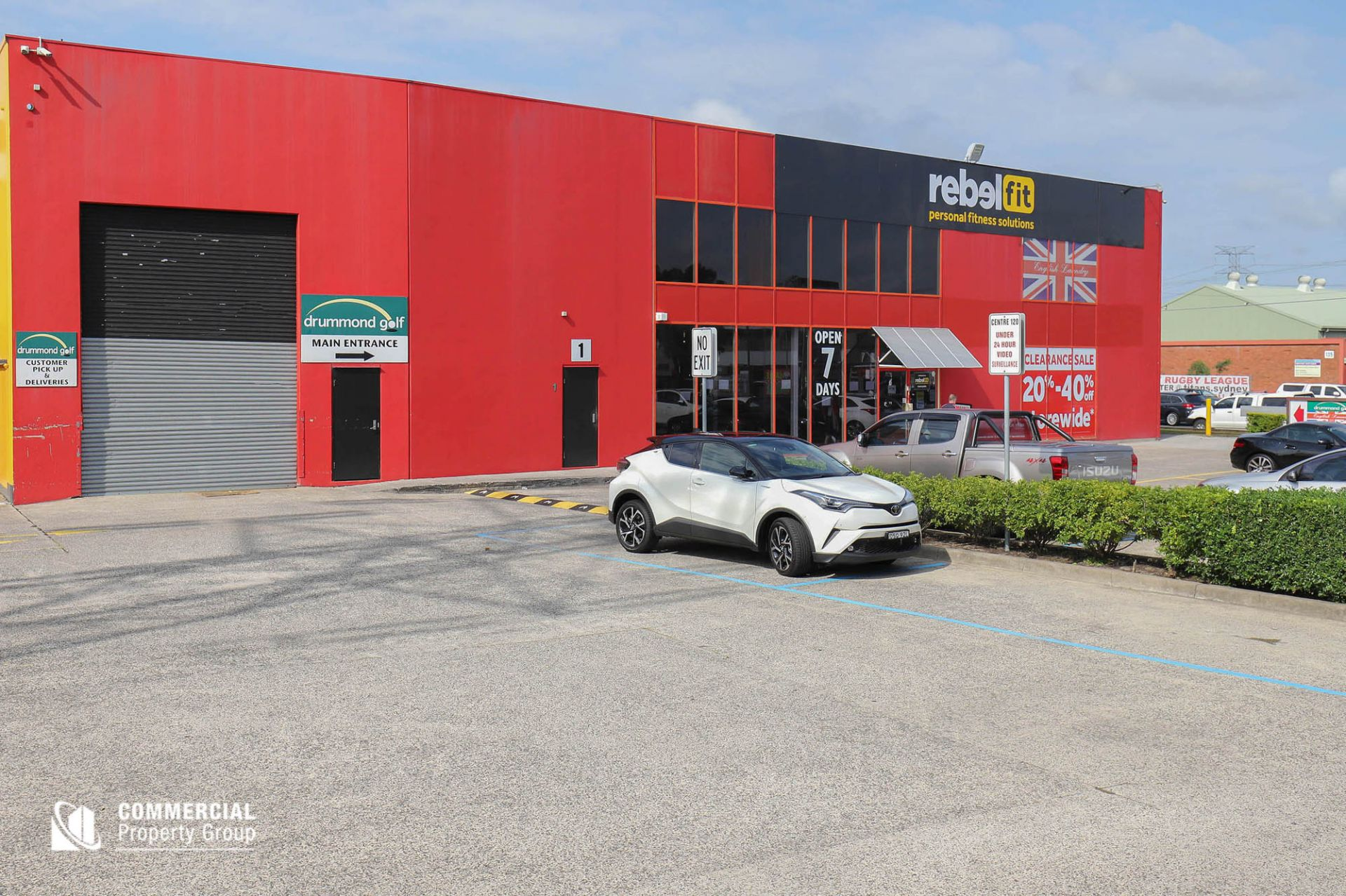 LEASED BY DAMEN ASTEY & HAYDEN BENNETT - 589m² Showroom - Taren Point Road
