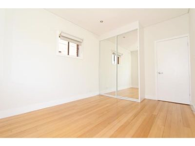 FULLY RENOVATED TWO BEDROOM WITH PARKING - ENJOY THE BONDI LIFESTYLE