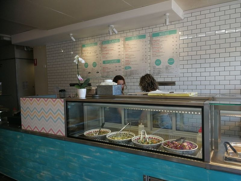 Newly fit out takeaway shop - Prime location in Byron Bay
