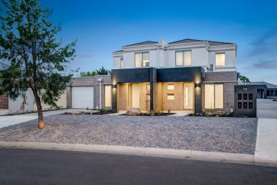 2 BED, BRAND NEW TOWNHOUSE
