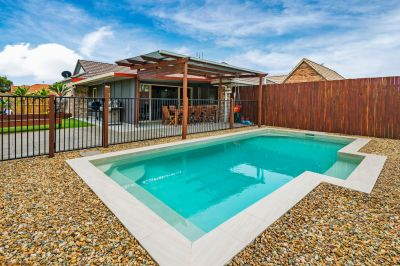 Impressive Renovated Home on Huge Fully Fenced 723m2 block!