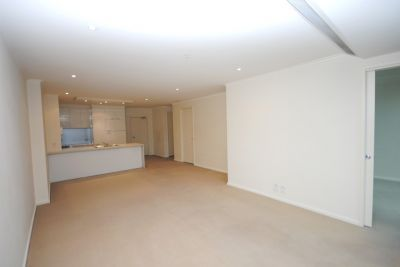 SouthbankONE: 12th Floor - Modern & Spacious!