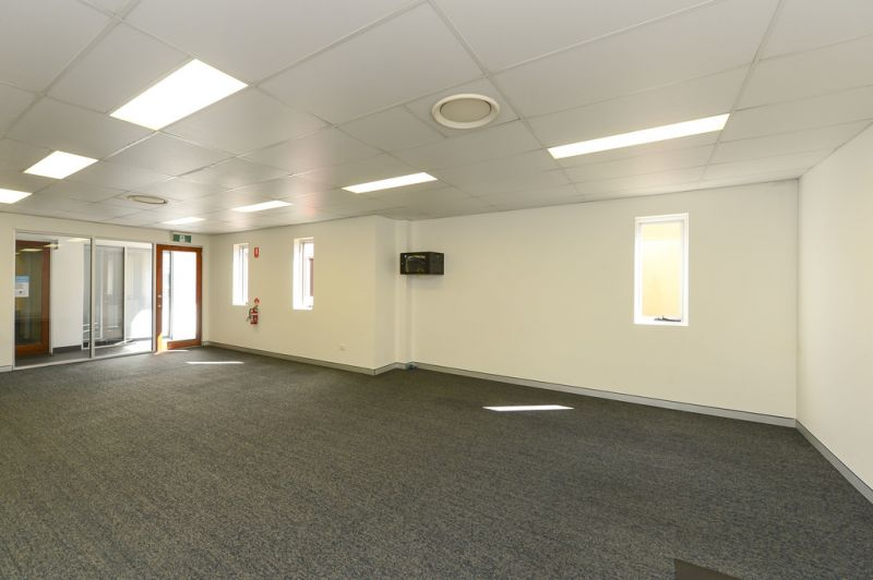64m² OFFICE SPACE IN VIBRANT LIFESTYLE CENTRE