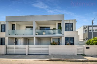 8B Hopkins Street, Merewether