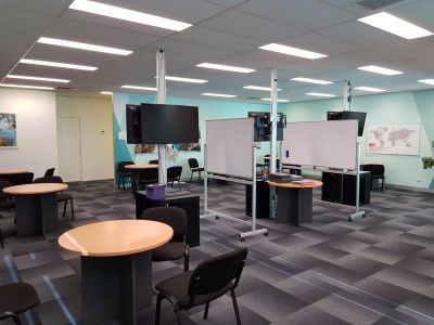 Unit 2, 31 Sabre Drive, Port Melbourne
