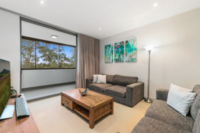 Effortless Cosmopolitan Living Footsteps To The Heart Of Lindfield Village