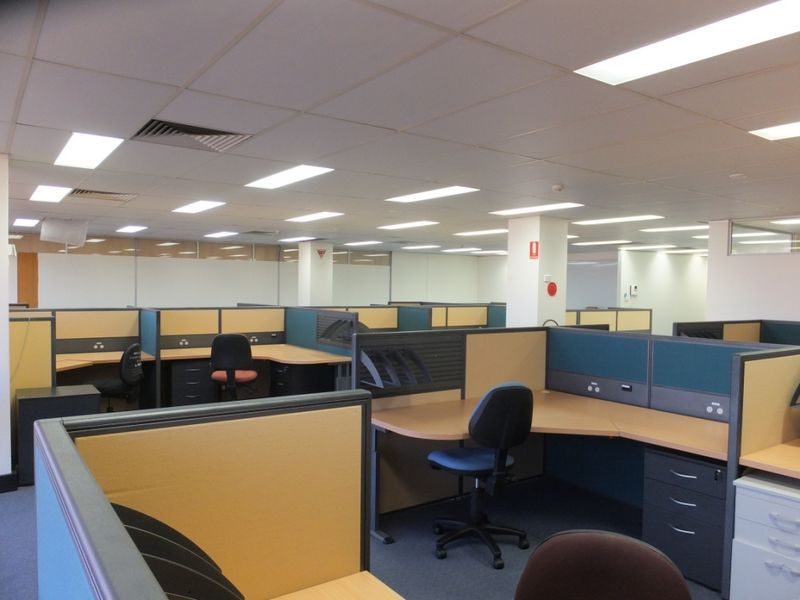 STATE GOVERNMENT QUALITY OFFICES WITH GREAT VIEWS - 231.9m2